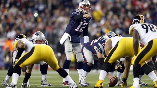 Tom-brady-vs-pittsburgh-steelers