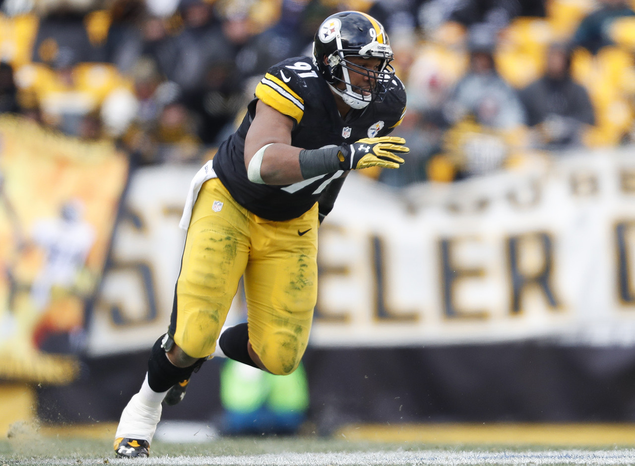 Stephon Tuitt Price Himself Out of Pittsburgh